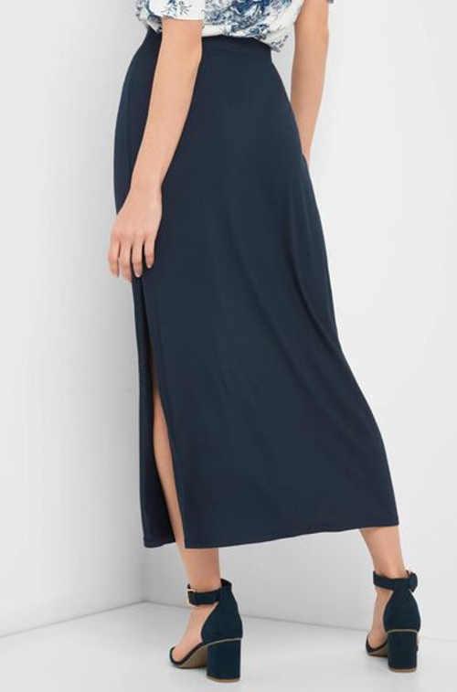 Damska spódnica o długości midi z rozcięciem