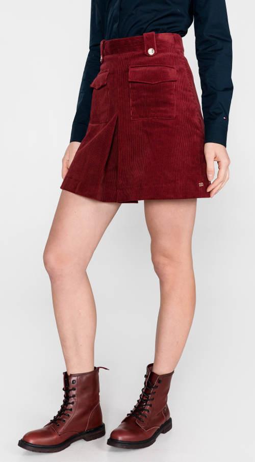 Krótka czerwona sztruksowa spódnica Tommy Hilfiger