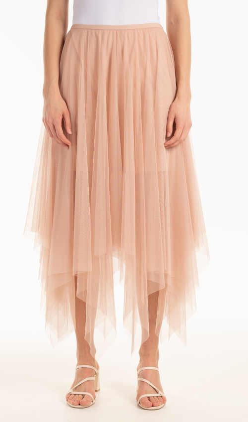 Modna tiulowa spódnica w różowym kolorze o asymetrycznym kroju
