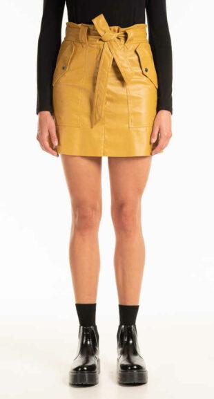 Nowoczesna spódnica mini z paskiem i kieszeniami z imitacji skóry