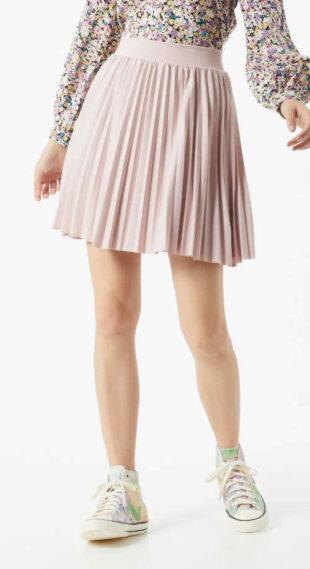Krótka plisowana spódnica z elastyczną talią w kolorze różowym