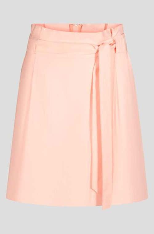Nowoczesna spódnica damska o krótkiej długości