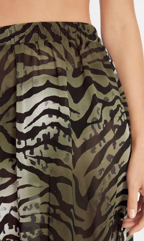 Wzorzysta spódniczka plażowa z wygodnym szerokim elastycznym paskiem w talii