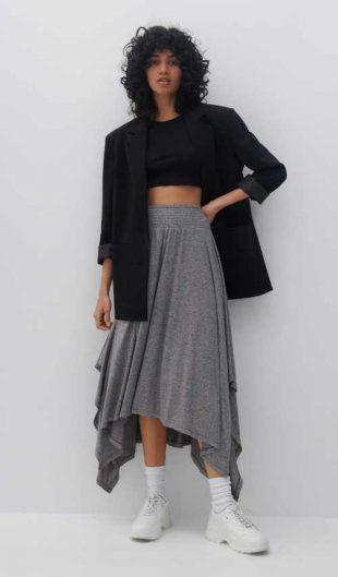 Asymetryczna spódnica z elastyczną talią w kolorze szarym