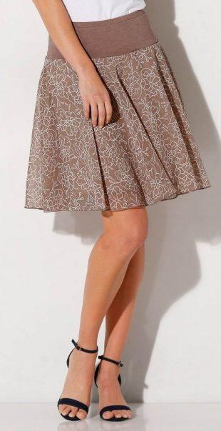 Brązowa spódnica w kwiaty z szerokim elastycznym paskiem w talii