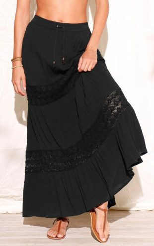 Długa spódnica z krepy z koronką