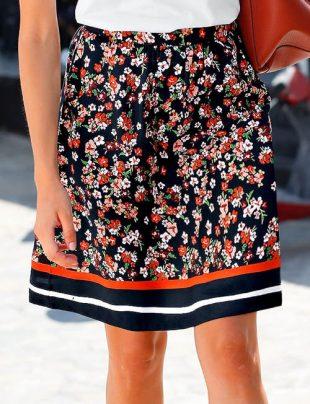 Kwiecista spódnica retro dla plus size
